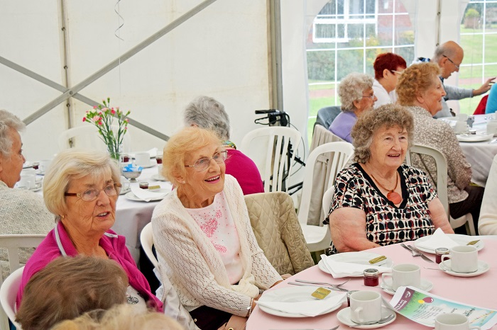 lunch clubs for older people